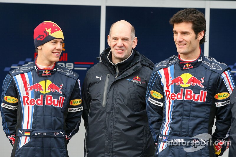 Sebastian Vettel, Red Bull racing, Mark Webber, Red Bull Racing avec Adrian Newey, directeur technique Red Bull Racing