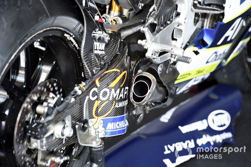 Verschillende kanalen in uitlaat van Ducati
