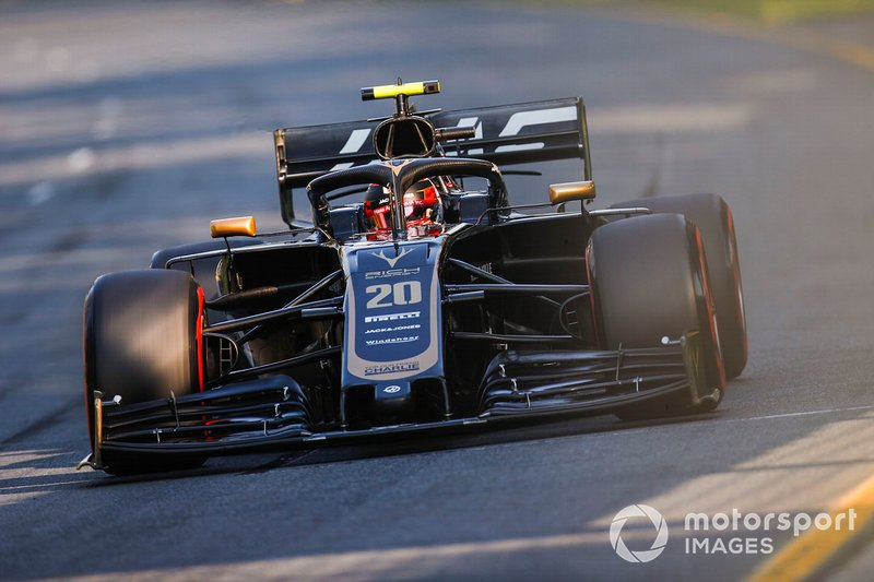 6. Kevin Magnussen, Haas F1 Team VF-19