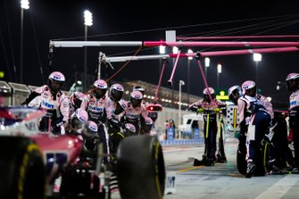 Lance Stroll, Racing Point RP19, comes in for a pit stop