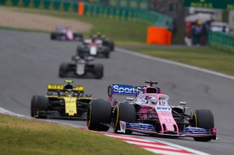 Sergio Perez, Racing Point RP19, leads Nico Hulkenberg, Renault F1 Team R.S. 19