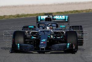 Lewis Hamilton, Mercedes-AMG F1 W10 avec des capteurs aéro