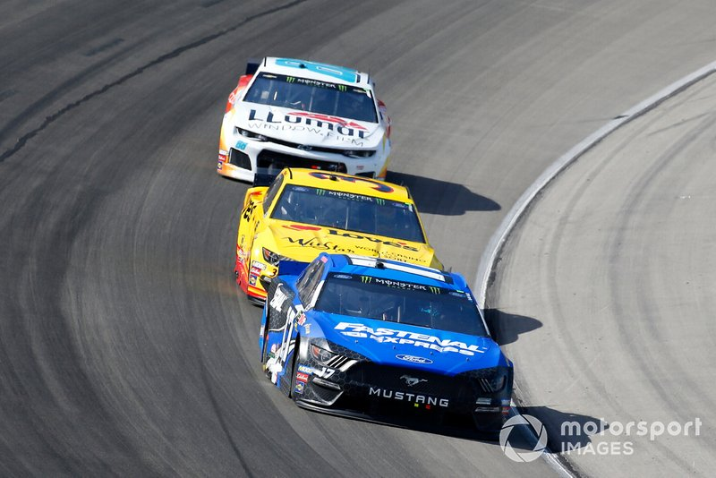 Ricky Stenhouse Jr., Roush Fenway Racing, Ford Mustang Fastenal, Michael McDowell, Front Row Motorsports, Ford Mustang Love's Travel Stops