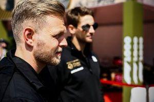 Kevin Magnussen, Haas F1 et Romain Grosjean, Haas F1