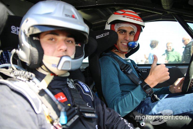 Óscar Palomo y Sergio Lillo probando el Peugeot 208 R2 2019