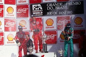 Podium: 1. Nigel Mansell, 2. Alain Prost, 3. Mauricio Gugelmin