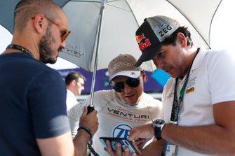 Felipe Massa, Venturi Formula E, con Caca Bueno, in griglia di partenza