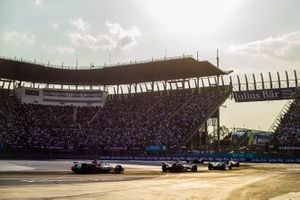Oliver Turvey, NIO Formula E Team, NIO Sport 004 Sam Bird, Envision Virgin Racing, Audi e-tron FE05, Daniel Abt, Audi Sport ABT Schaeffler, Audi e-tron FE05