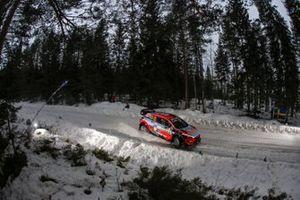 Тьерри Невилль и Николя Жильсуль, Hyundai Shell Mobis WRT, Hyundai i20 Coupe WRC