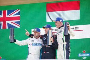 Podium AM : Aaron Mason, Pierre Martinet by Almeras, Nicolas Misslin, Lechner Racing Middle East, Philipp Sager, Dinamic Motorsport