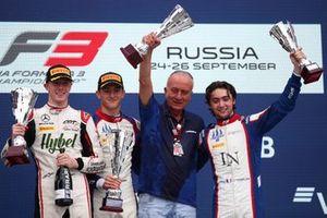 Podium : le vainqueur Jack Doohan, Trident, deuxième place Frederik Vesti, ART Grand Prix, troisième place Clement Novalak, Trident