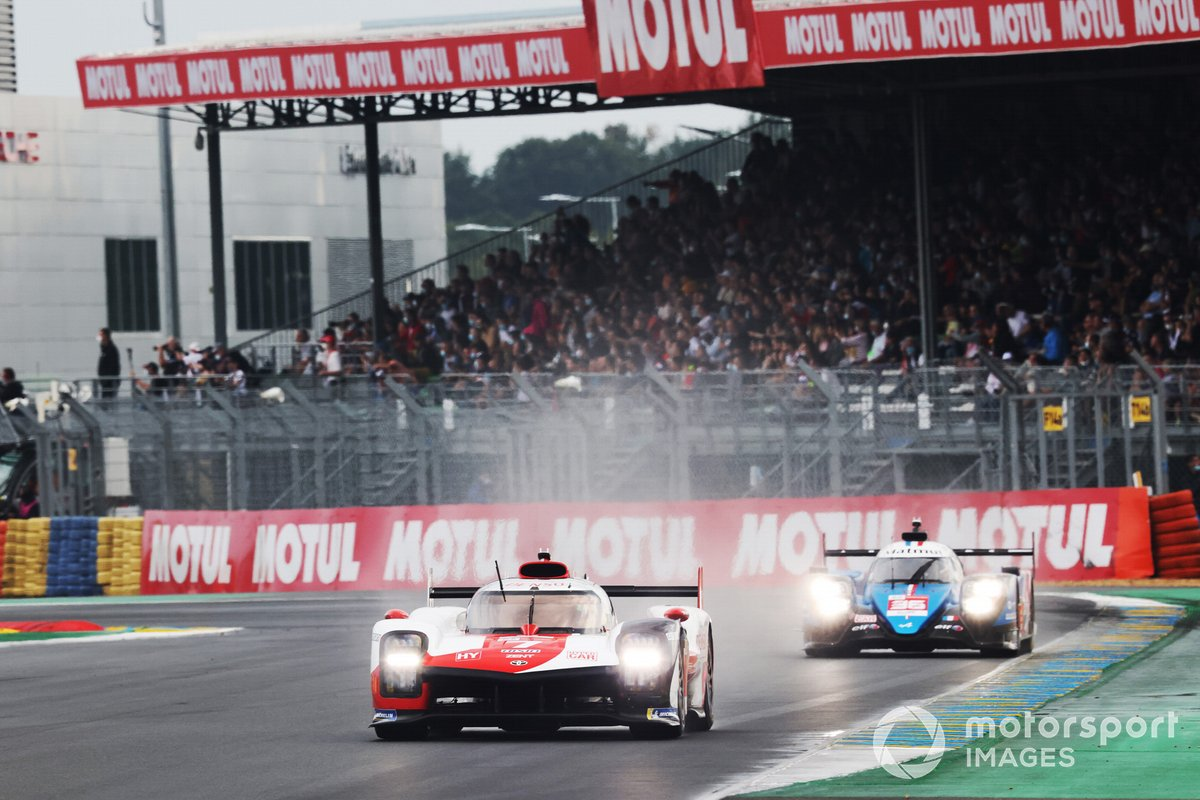 #7 Toyota Gazoo Racing Toyota GR010 - Hybrid Hypercar, Mike Conway, Kamui Kobayashi, José María López