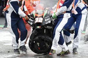 La moto de Lorenzo Savadori, Aprilia Racing Team Gresini, après son accident
