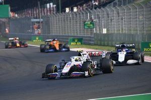 Mick Schumacher, Haas VF-21 , George Russell, Williams FW43B, and Daniel Ricciardo, McLaren MCL35M