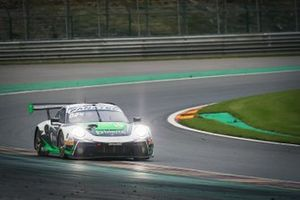 #54 Dinamic Motorsport Porsche 911 GT3-R: Matteo Cairoli, Klaus Bachler, Christian Engelhart