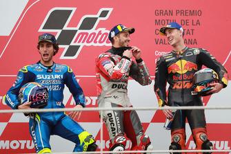 Podium: racewinnaar Andrea Dovizioso, Ducati Team, tweede plaats Alex Rins, Team Suzuki MotoGP, derde plaats Pol Espargaro, Red Bull KTM Factory Racing