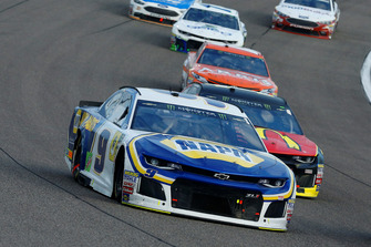 Chase Elliott, Hendrick Motorsports, Chevrolet Camaro NAPA Auto Parts e Jamie McMurray, Chip Ganassi Racing, Chevrolet Camaro McDonald's