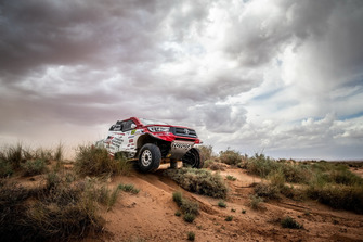 #310 Toyota Gazoo Racing South Africa: Giniel De Villiers, Alexandre Winocq