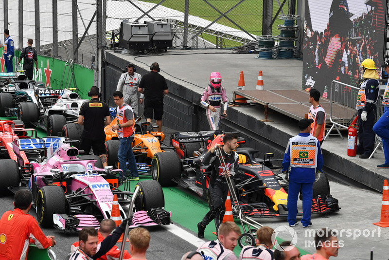 Esteban Ocon, Racing Point Force India dans le Parc Fermé