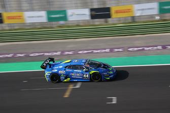 Lamborghini Huracan Super Trofeo Evo #44, Imperiale Racing: Vito Postiglione, Karol Basz