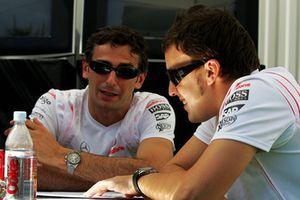 Pedro de la Rosa, pilote d'essais McLaren, avec Fernando Alonso, McLaren
