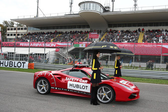 Ombrelline e Safety Car