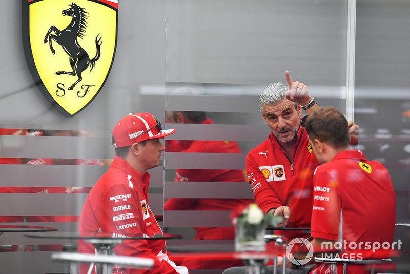 Руководитель Ferrari Маурицио Арривабене, гонщики команды Кими Райкконен и Себастьян Феттель
