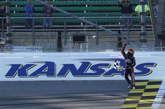 John Hunter Nemechek, Chip Ganassi Racing, Chevrolet Camaro Chevrolet Fire Alarm Services, Inc. celebrates his win