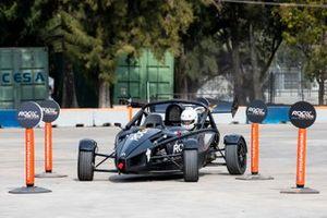 Nils Naujoks drives in the eROC Skills Challenge