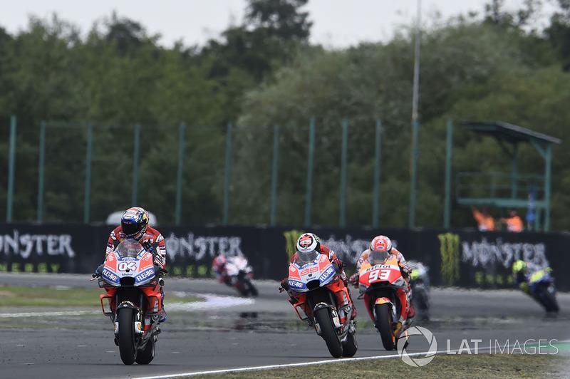 Andrea Dovizioso, Ducati Team, conquista la vittoria