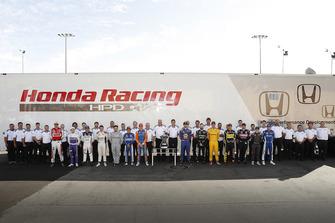 Гонщики и инженеры Honda