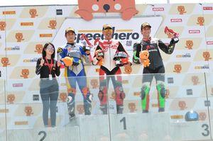 Alessandro Valia, Ducati, sul podio