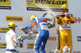 Podium, Ricky Collard, WSR BMW, Sam Tordoff, Motorbase Performance Ford Focus and Tom Chilton, Motorbase Performance Ford Focus