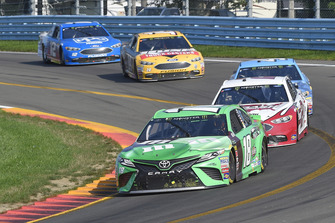 Kyle Busch, Joe Gibbs Racing, Toyota Camry M&M's Flavor Vote Winner, Brad Keselowski, Team Penske, Ford Fusion Wabash National
