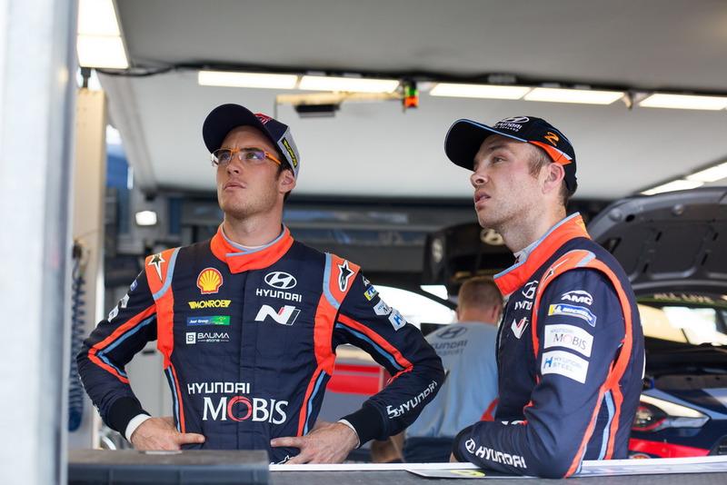 Thierry Neuville, Hyundai Motorsport, Hayden Paddon, Hyundai Motorsport