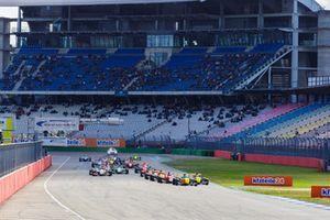 Max Fewtrell, R-Ace GP, Yifei Ye, Josef Kaufmann Racing