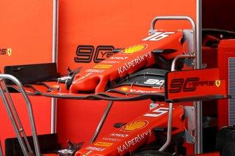 Ferrari SF90, dettaglio del musetto e dell'ala frontale