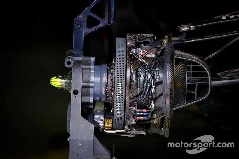 Detalle del freno delantero Red Bull Racing RB15