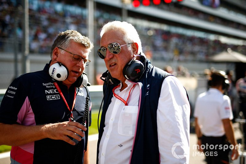 Otmar Szafnauer, Team Principal e CEO, Racing Point, e Lawrence Stroll, Proprietario, Racing Point