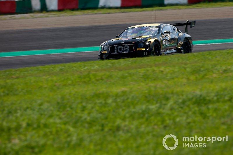 #108 Bentley Team M-Sport Bentley Continental GT3: Andy Soucek, Alex Buncombe, Sebastian Morris