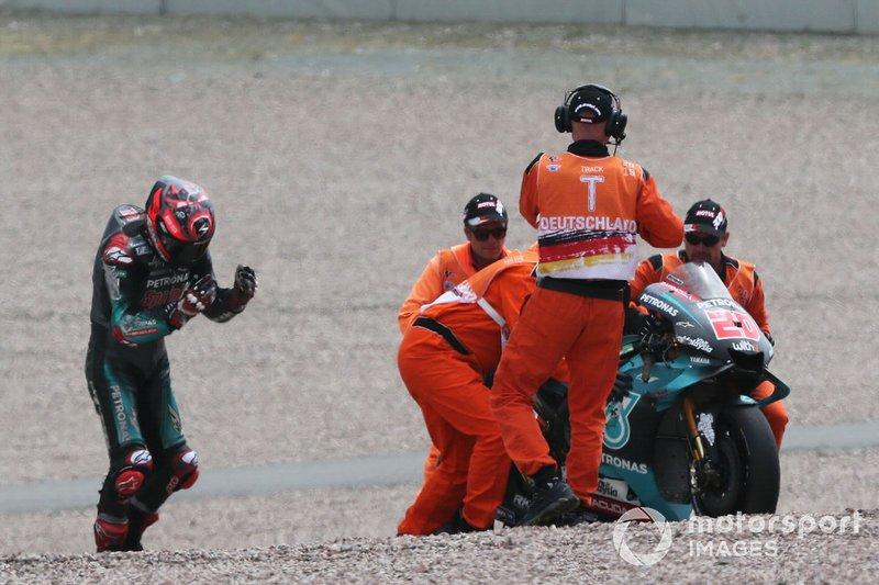 Fabio Quartararo, Petronas Yamaha SRT, caída