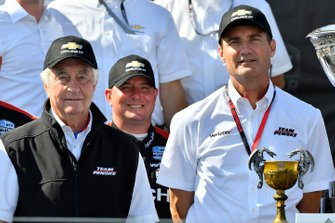 Roger Penske, Tim Cindric, Josef Newgarden, Team Penske Chevrolet team on podium