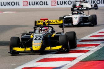Ye Yifei, Hitech Grand Prix leads Raoul Hyman, Sauber Junior Team by Charouz