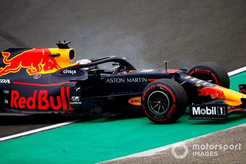 Max Verstappen, Red Bull Racing RB15 melintir