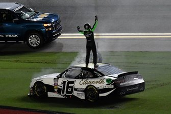 Race winner Ross Chastain, Kaulig Racing, Chevrolet Camaro