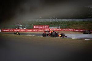 Max Verstappen, Red Bull Racing RB15, leads Daniel Ricciardo, Renault F1 Team R.S.19