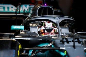 Lewis Hamilton, Mercedes AMG F1, dans son cockpit
