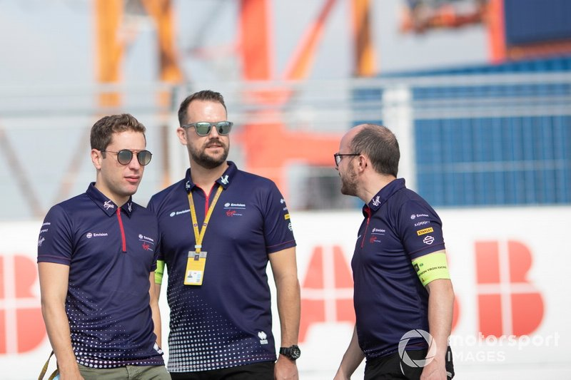 Robin Frijns, Envision Virgin Racing on the track walk