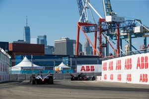 Lucas Di Grassi, Audi Sport ABT Schaeffler, Audi e-tron FE05 Oliver Rowland, Nissan e.Dams, Nissan IMO1