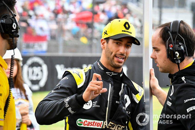 Daniel Ricciardo deixou a Red Bull e assinou com a Renault no fim do ano passado. Apesar de começar a se mostrar frustrado com os fracos resultados da equipe francesa, deve cumprir seu contrato até o fim de 2020.